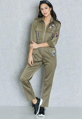 Les vêtements utilitaires entrent dans la mode